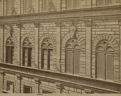 Paleis Rucellai, Florence gevel
