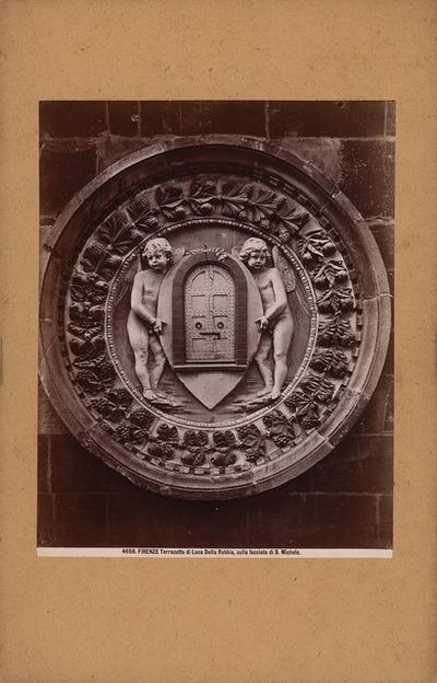 Or´ San Michele in Florenz. Reliefmedaillon Terrakotta