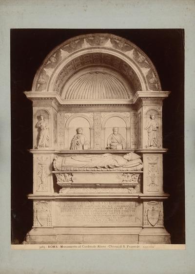 S. Prassede in Rom. Grabmal des des Kardinal Alano