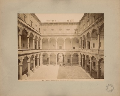 Palazzo della Cancelleria in Rom. Innenhof