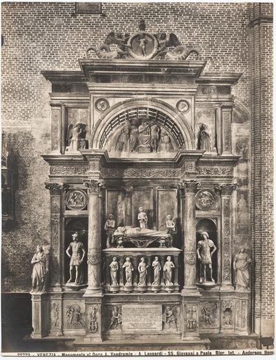 SS. Giovanni e Paolo, Venedig. Grabmal des Dogen A. Vendramin