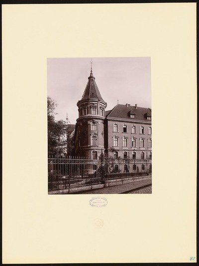 Geschäftsgebäude der Eisenbahndirektion in Berlin