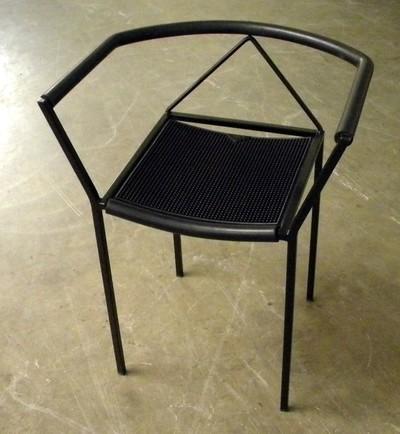 Firma Zeus, moderne stoel, tot 2009 gebruikt in Tuincafé van Het Stadsmus, ca. 1990, metaal en rubber.