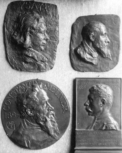 Portrait en buste de Constantin Meunier