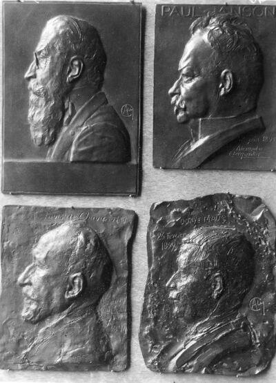 Portrait en buste de Valère Mabille