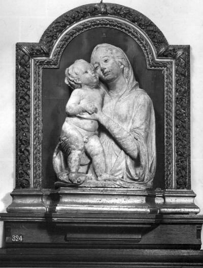 H.Maagd met kind