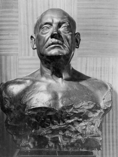 Buste d'Emile Francqui, Bienfaiteur de l'Université
