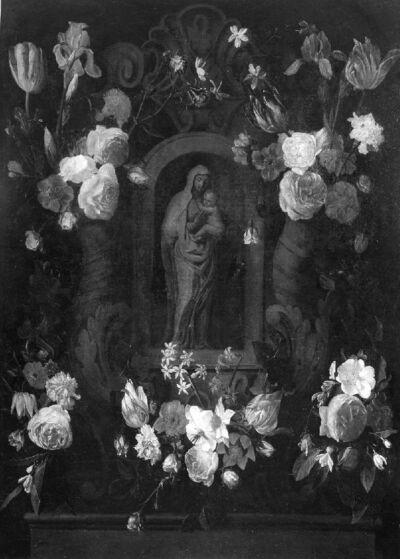 O.-L.-Vrouw met Kind in een bloemenkrans