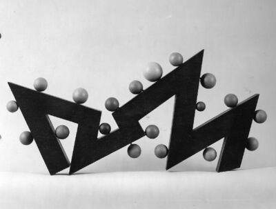 19 boules sur 12 plans formant un zigzag