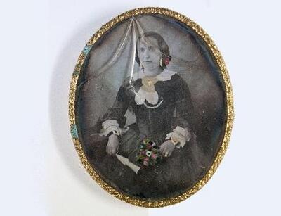 Dama joven sentada - Daguerrotipo