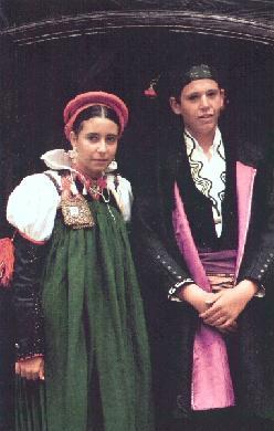 Fiesta del traje en Ansó (Huesca) - Fotografía