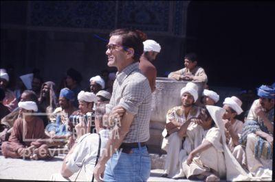 Pier Paolo Pasolini. Il fiore delle mille e una notte. 1974 / Iran: Esfahan, moschea del venerdì, Pasolini