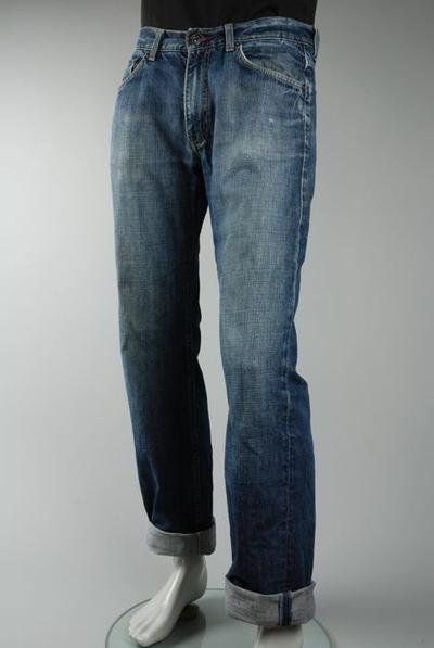Blauwe jeans, merk Tommy Hilfiger, maat 33/34