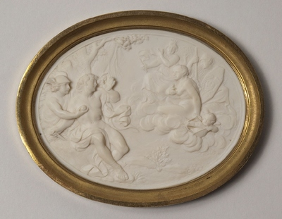 Paris' dom. Oval relief av elfenben