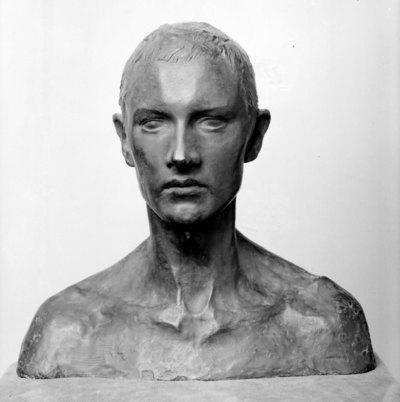 Buste af E. Vigeland