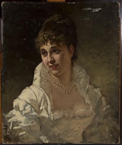 Portret kobiety w białej sukni z perłami