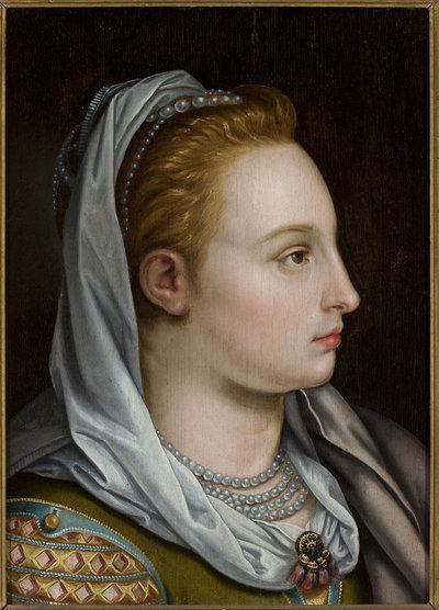 Głowa kobiety z profilu