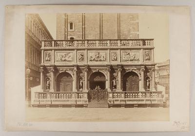 Venedig - Logetta am Fuß des Campanile von San Marco