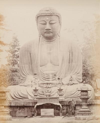 Bronzestatue des großen Buddha bei Kamakura