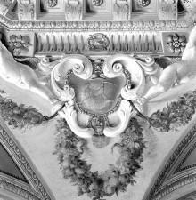 Image from object titled Jupiter und Ganymed — Gemalter Stuckrahmen mit Putti und Kartuschen