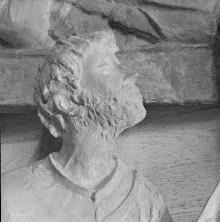 Reliefserie mit Stadtpatronen italienischer Regionen — Der heilige Silverius, Schutzpatron von Frosinone