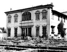 Villa Corsini —