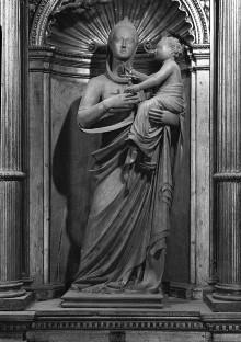 Altar — Madonna und Kind