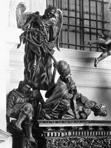 Die Ausstattung der Ersten Sakristei — Sakristeischrank — Der Triumph des Todes über Papst, Kaiser und Synagoge