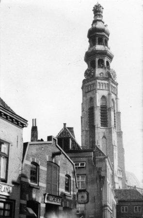 Campanar d'una ciutat no identificada als Països Baixos