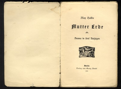 Image from object titled Mutter Erde