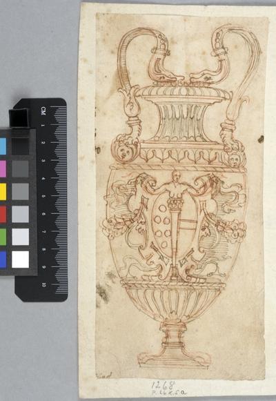 Vas i antik stil med Maria de Medicis vapen. Bladet monterat på 1600-talspapper