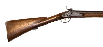 Flintlåsbössa, ändrad till slaglås, pipa Geronimo Fernandes, Salamanca, 1700-talets början, lås och stock Anders Wåhlberg.