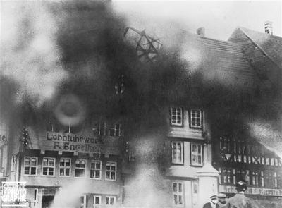 Image from object titled Guerre 1914-1918. Karlsruhe après le raid des alliés. 1915.