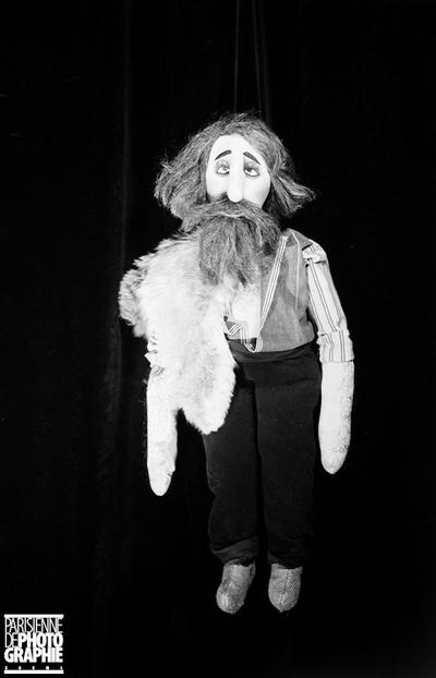 MARIONNETTE DE PAUL POIRET (1879-1944), COUTURIER ET DÉCORATEUR FRANÇAIS. PARIS, VERS 1930.