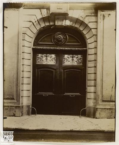 PORTE SUR RUE, HOTEL DE LAU D'ALLEMANS, 34 RUE DE VAUGIRARD, 6EME ARRONDISSEMENT, PARIS