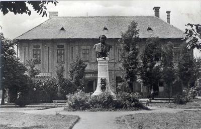Gyula, Erkel Ferenc szobra (1960-as évek)