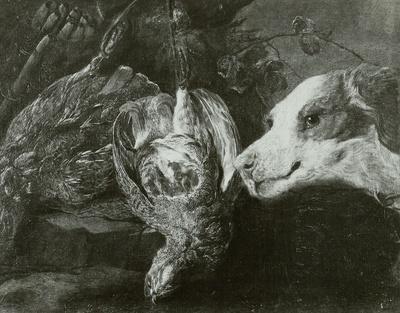 Zwei tote Rebhühner und ein Jagdhund