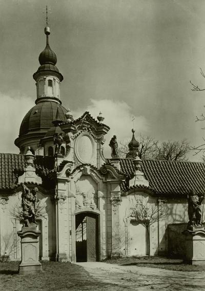 Kirche Maria de Victoria