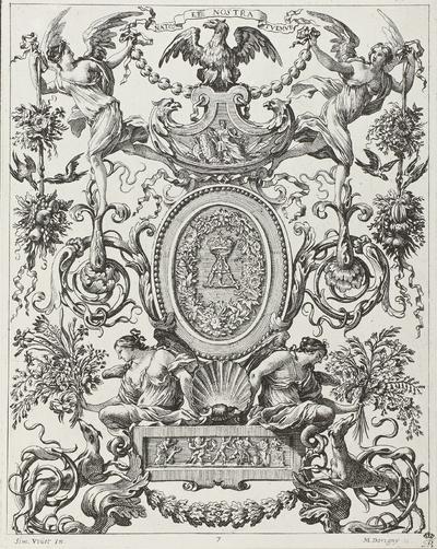 Monogramm-Medaillon in Grotesken-Umrahmung