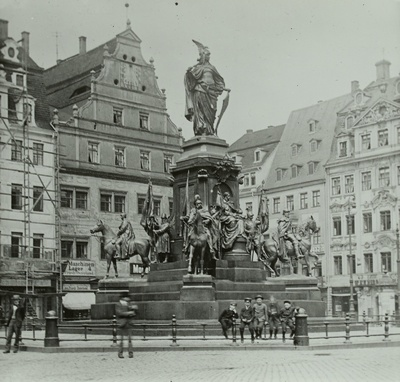 Image from object titled Siegesdenkmal