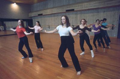 Hannover. Neue Hochschule für Musik, Theater und Medien Hannover. Ballettunterricht