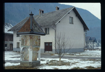 Image from object titled Spodnja Lipnica - Layerjevo znamenje, fotografija