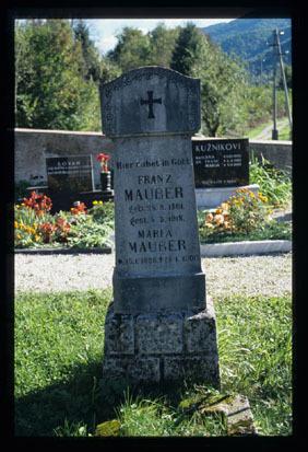 Image from object titled Novi Tabor - Pokopališče, fotografija
