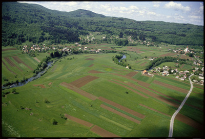 Image from object titled Suha krajina - Panoramski posnetki (pogled iz zraka), fotografija