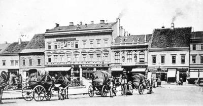 Image from object titled Piaţa Unirii; Unirii tér