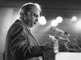 Porträt Bundeskanzler Helmut Kohl