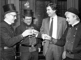 Gruppenaufnahme mit 1. Bürgermeister der Hansestadt Bremen Klaus Wedemeier