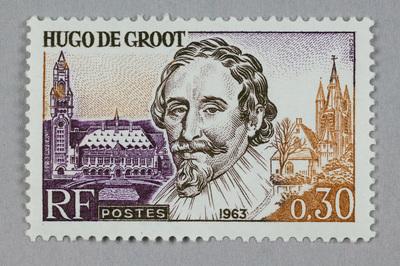 Image from object titled Niet-gestempelde franse postzegel van 30 centimes, met afbeelding van Hugo Grotius.