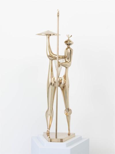 De in gips uitgevoerde sculptuur 'Warrior – Guerrier' van Shinkichi Tajiri dateert oorspronkelijk uit 1949. Het is Tajiri's eerste beeldbepalend werk dat zowel naar vorm als naar thema een ijkpunt zal vormen voor zijn...