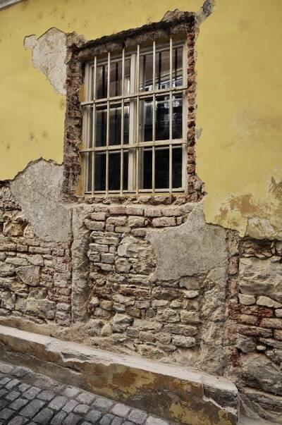 Image from object titled Praha 1, Malá Strana, č.p. 162, U Zlaté studně 5, zadní dům. Zdivo. Oprava omítek.